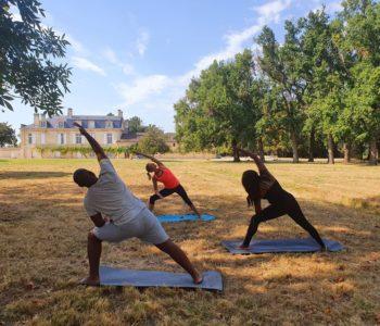 yoga dans les vignes, yoga vin bordeaux, yoga château bordeaux